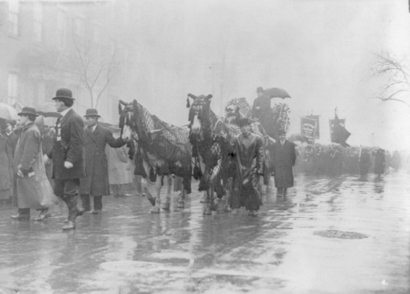 Trade parade in memory of fire victims - Image courtesy of the Library of Congress